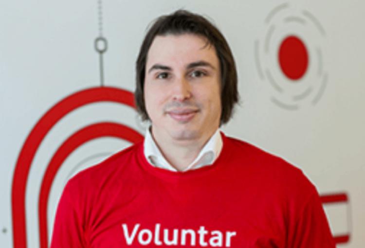 Prin ochii unui voluntar: Mircea Demian